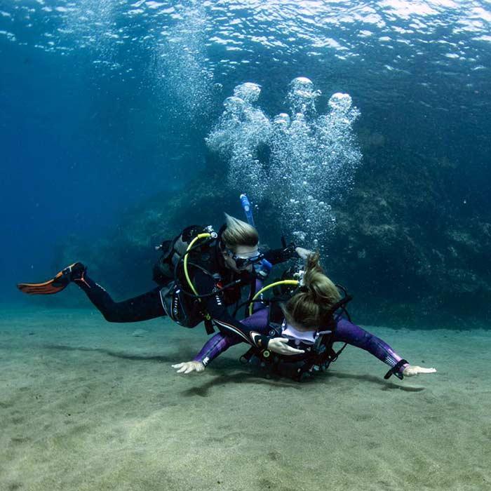 Rescue Course PADI Lanzarote | PADI Rescue Puerto Del Carmen | Manta Dive Centre Lanzarote