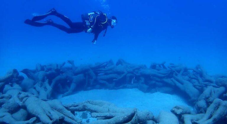 Improving your buoyancy control | Manta Diving Lanzarote