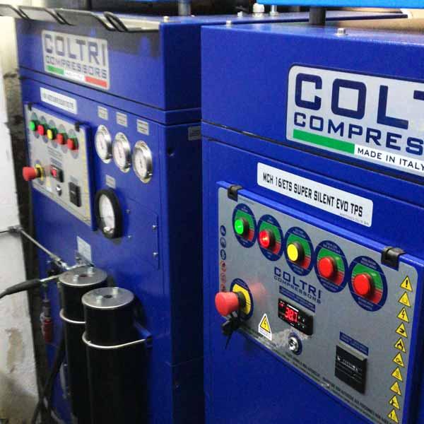 Nitrox compressors | Manta Diving Lanzarote