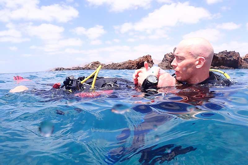 PADI Rescue Diver Course | Manta Diving Lanzarote