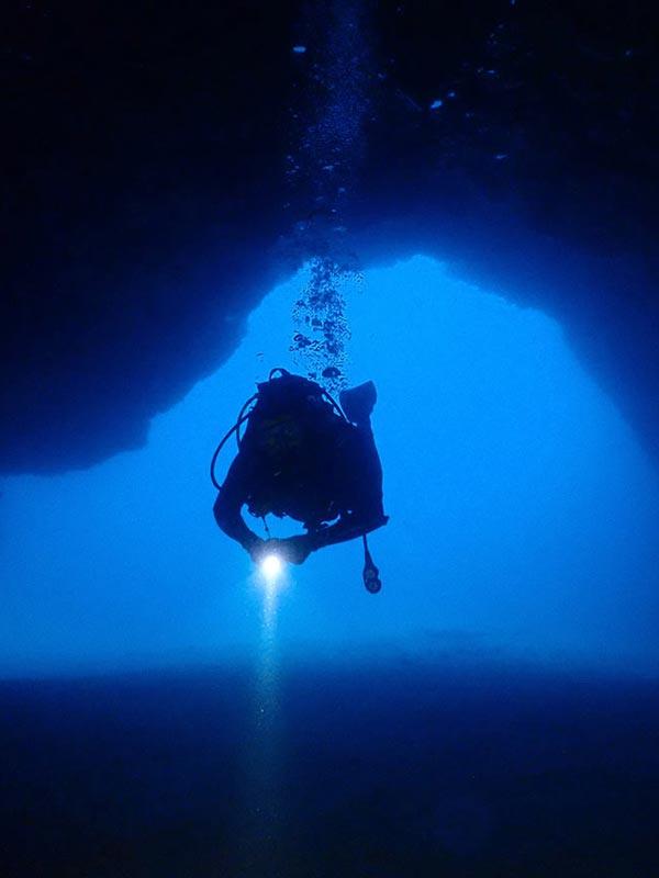 Dive in Lanzarote | daily fun dives in Puerto Del Carmen with Manta Diving Lanzarote