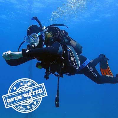 PADI Scuba certification course Lanzarote | Manta Diving Dive Centre Lanzarote