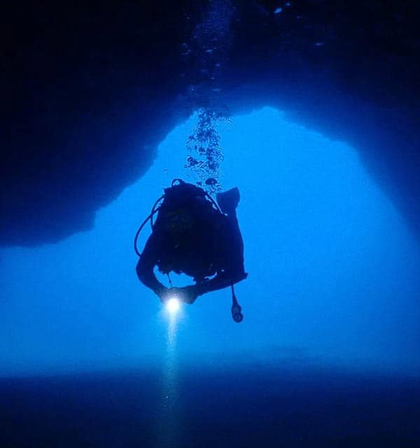 Dive in Lanzarote | daily fun dives in Puerto Del Carmen with Manta Diving Lanzarote