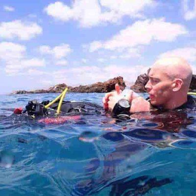 PADI Rescue Diver Course Lanzarote | PADI Dive Centre Puerto Del Carmen