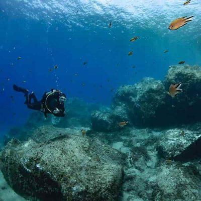 Scuba diving course Lanzarote PADI | Manta Diving Lanzarote